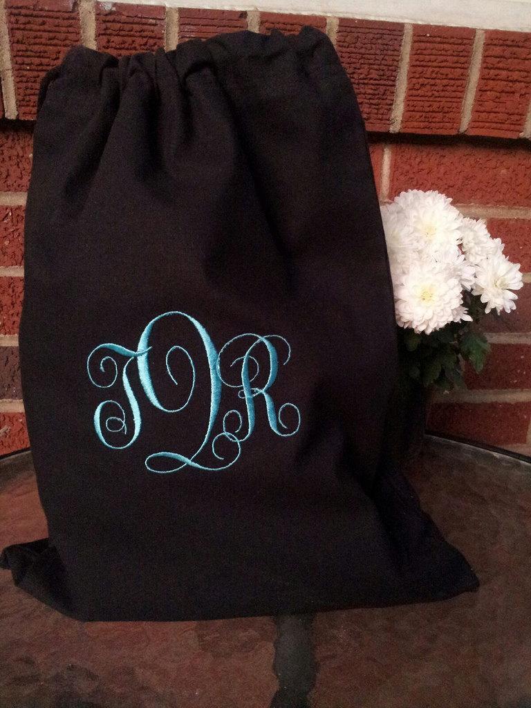 Свадьба - Custom Monogrammed - Embroidered Cotton Drawstring Shoe Bag - Black