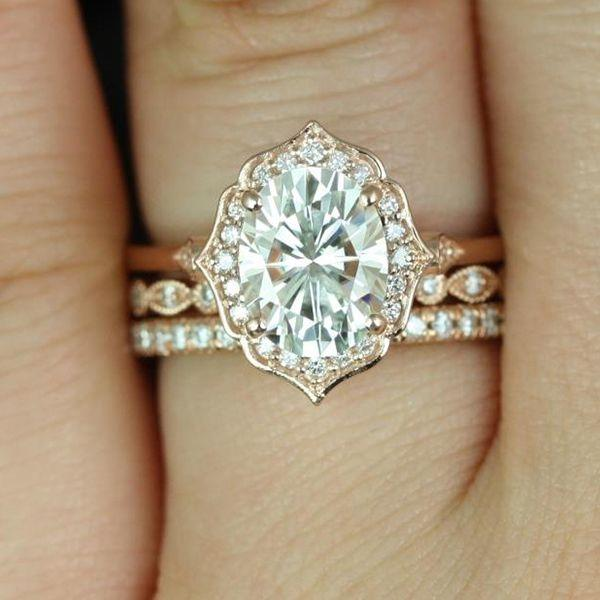 Свадьба - 60 Stunning Oval Engagement Rings That'll Leave You Speechless