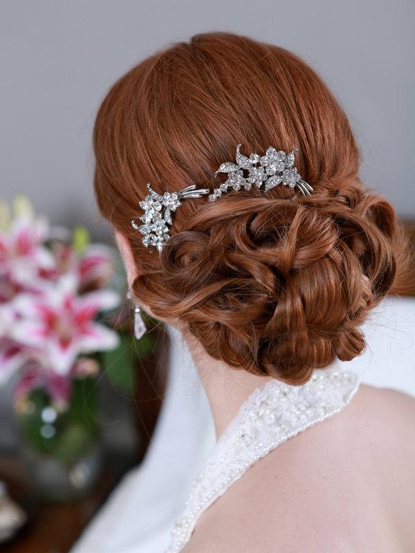 Mariage - Silver Crystal Hair Combs Rhinestone Bridal Hair comb Vintage Hair Brooch Wedding Jewel Comb Classic Wedding Hair Accessories Comb Pair