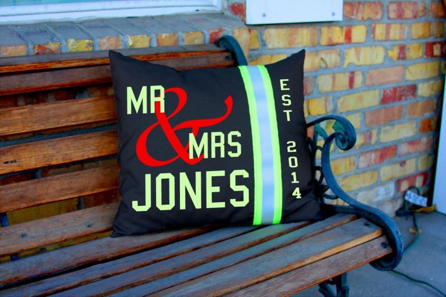 Свадьба - Wedding Pillow Firefighter Themed Personalized with Last Name in Black
