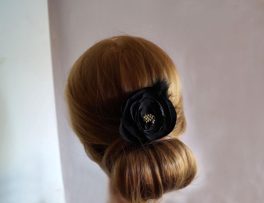 Wedding - Woman's Hair clip/ Wedding accessory /Wedding hair accessory /bridal hair accessories /black accessory /small fascinator