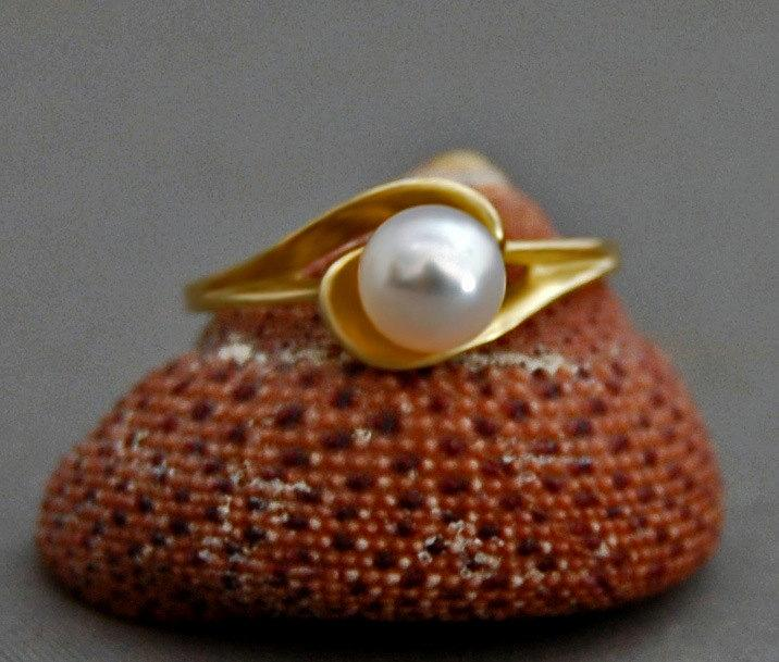 زفاف - Psyche G -  Pearl ring, Promise ring, Engagement ring, Wedding ring, statement ring, jewelry, gift idea for her, free sizing, freshwater