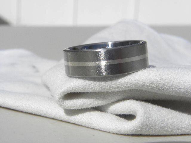 زفاف - Titanium Ring or Wedding Band, Sterling Silver Stripe, Brushed Finish AX94