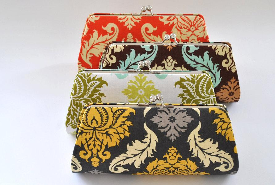 Mariage - A SET of 11 Bridesmaids Clutch -  Create a Custom Bridesmaid Clutches in your choice of fabrics