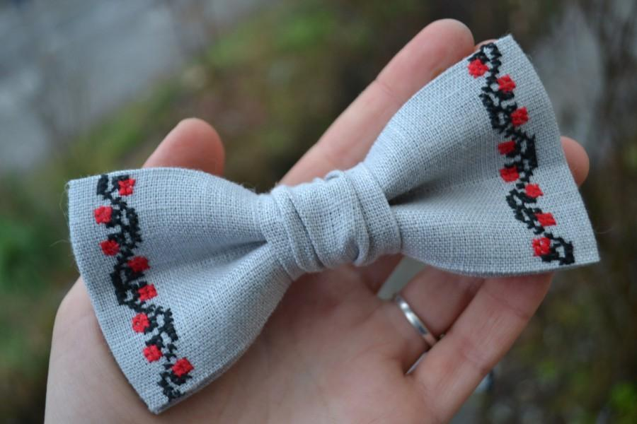 Свадьба - Boyfriend Gift Groomsmen Bow Tie Boys Wedding Bow Tie For Man Necktie Accessories Matching Father Son Ukrainian Embroidery