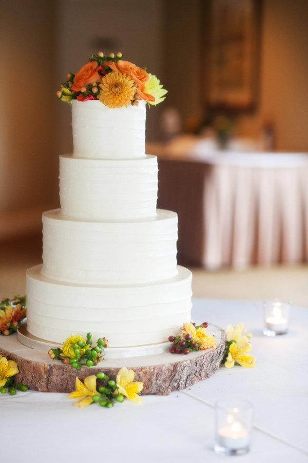 "Свадьба - 14"" Rustic Wood Tree Slice Wedding Cake Base or Cupcake Stand for your Event and Party or even a Newborn Photo Prop"