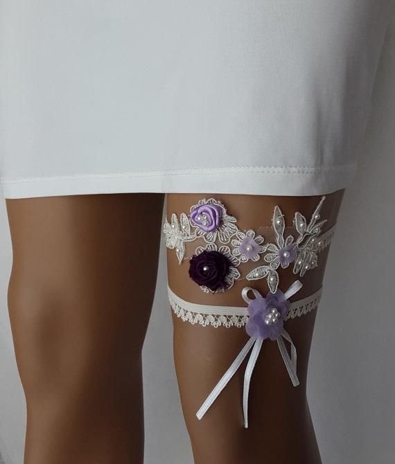 Свадьба - garter, toss garters,blue, cream, lace, wedding garters, bridal accessores, garter suspander, free shipping!
