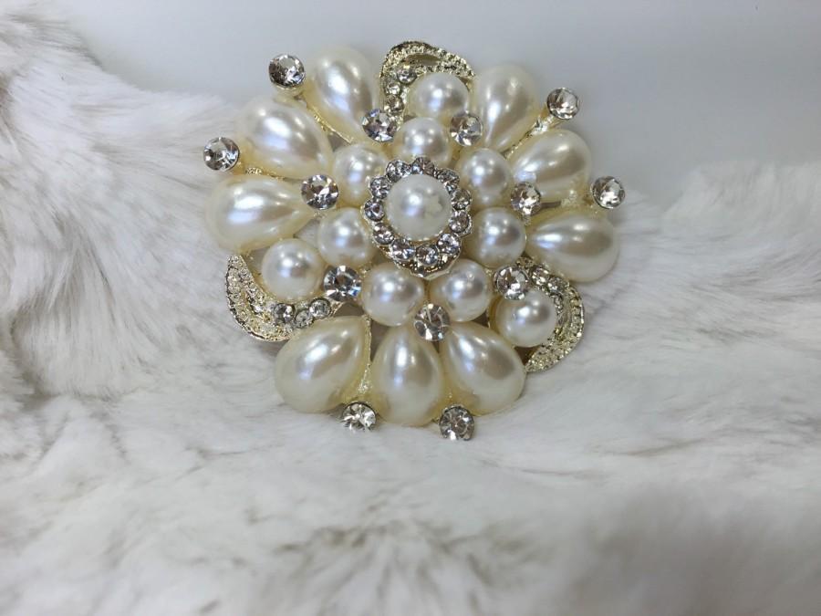 Mariage - Pearl and Rhinestone Brooch, Bridal Brooch, Bouquet Brooch, Crystal Brooch with Pearls