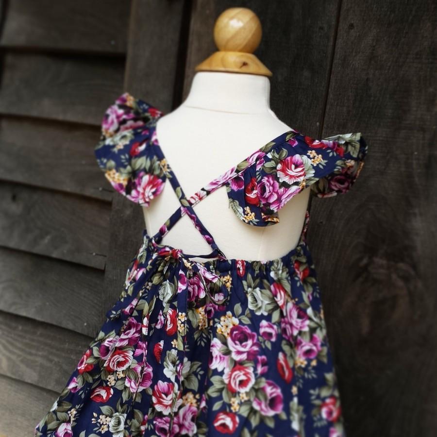 زفاف - Girls Dress, Navy Floral Dress, Flutter sleeve dress, open back, sizes 12 months to size 6, boho dress, garden dress, flower girl dress