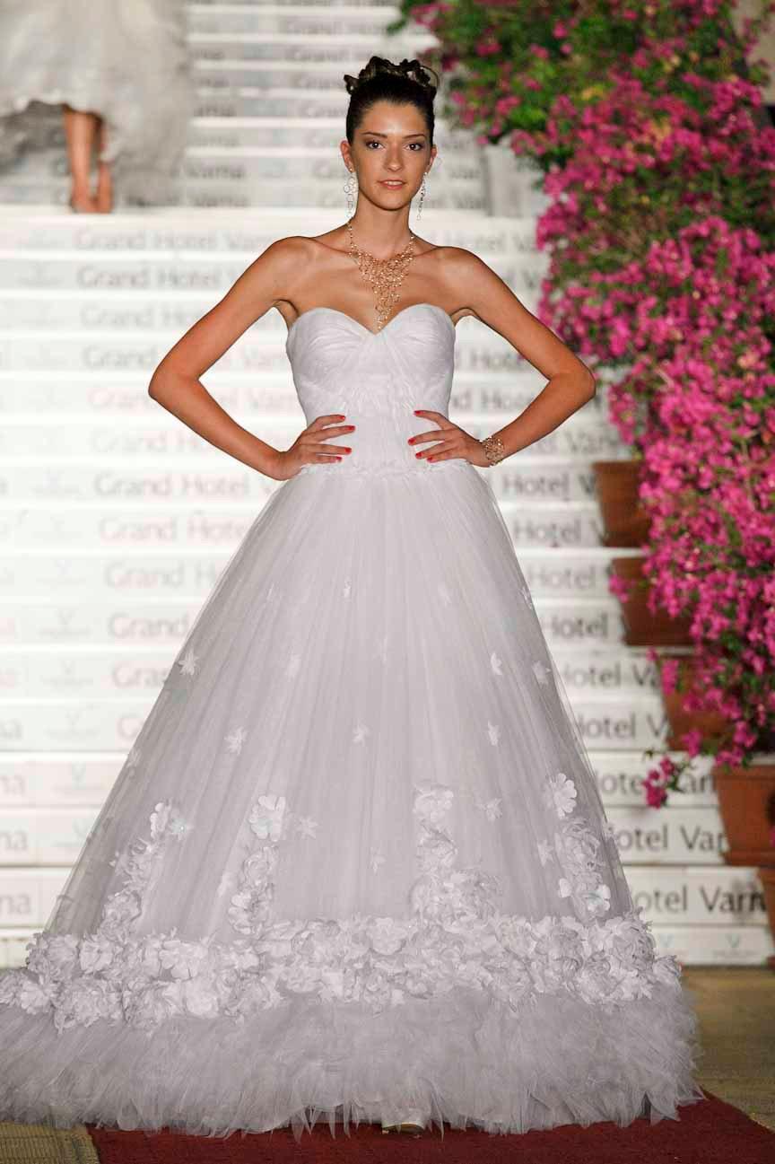White Retro Wedding Dresses 81