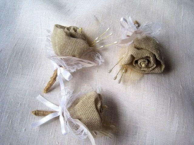Hochzeit - Burlap rose  boutonniere groom or groomsmen buttonholes set -6 rustic country shabby chic with lace and feather wedding fathers corsage