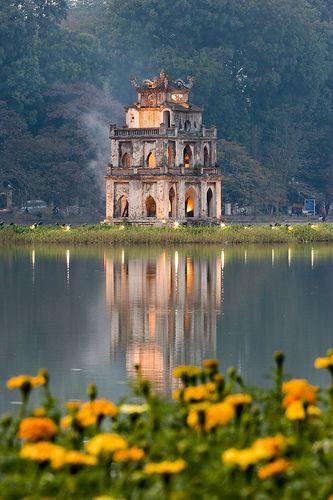 Düğün - Turtle Tower (Tháp Rùa)