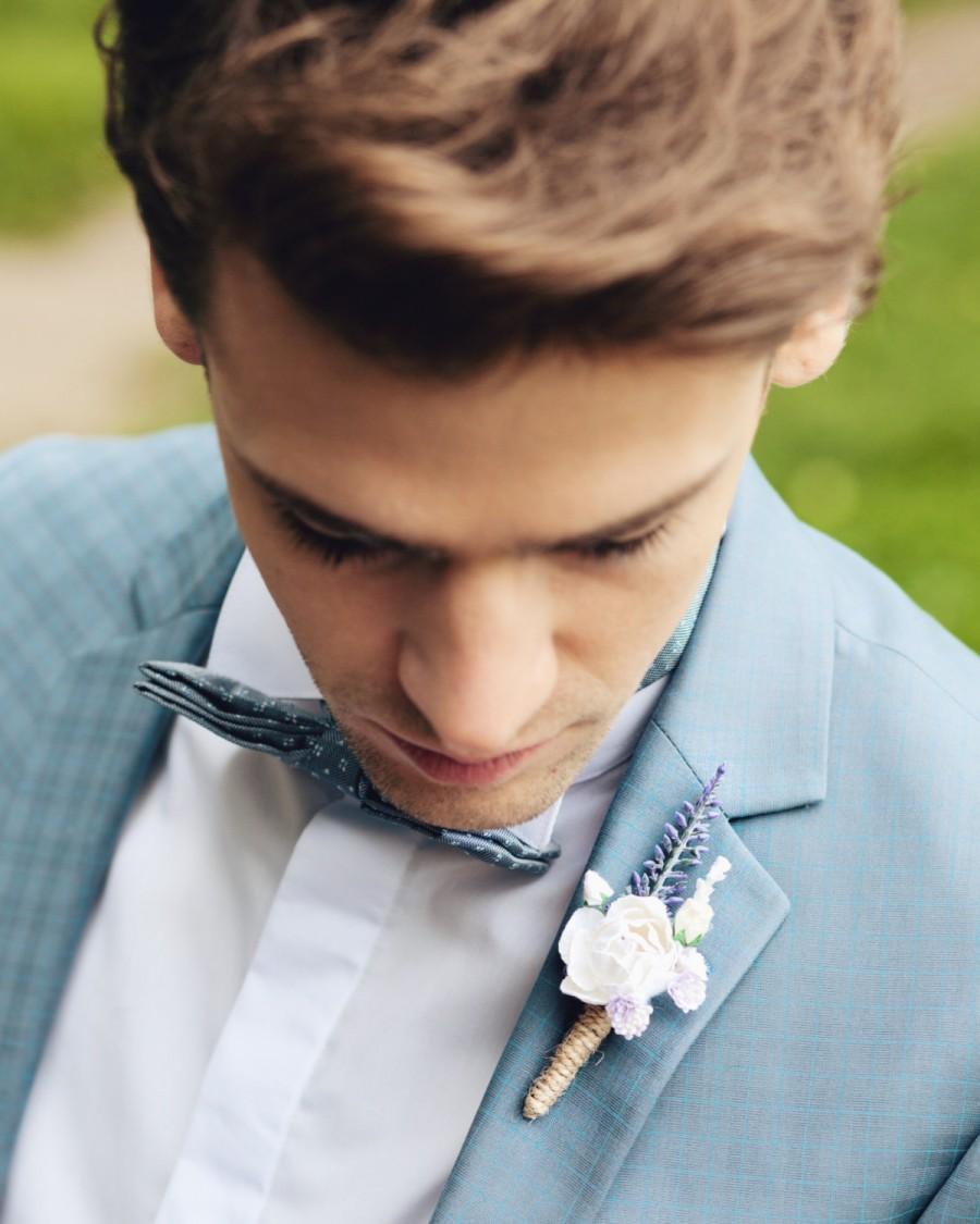Свадьба - Floral boutonniere, Groomsman boutonniere, Woodland wedding, Rustic wedding, Fiance boutonniere, lavender