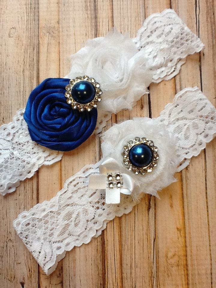 Hochzeit - sale/ wedding Garter/ COLTS GARTER  white wedding garter / bridal  garter/  lace garter / toss garter / Something BLue wedding garter