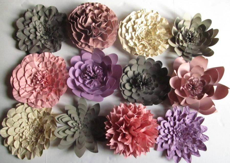 Свадьба - Weddings Large Paper Flowers Great for Backdrop Twelve 10 inch flowers Colors of your Choice