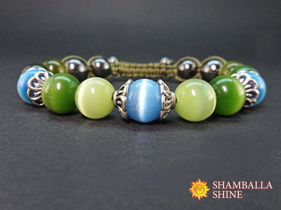 Hochzeit - Green blue bracelet Cat eye beaded jewelry Green gemstone bracelet Multicolor gemstone beads Protection energy amulet Women amulet bracelet