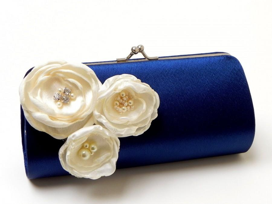 Mariage - Bridesmaid Clutch Navy Blue Bridal Clutch - Ivory Flower Blossoms with Rhinestones - Kisslock Snap Bouquet Clutch -