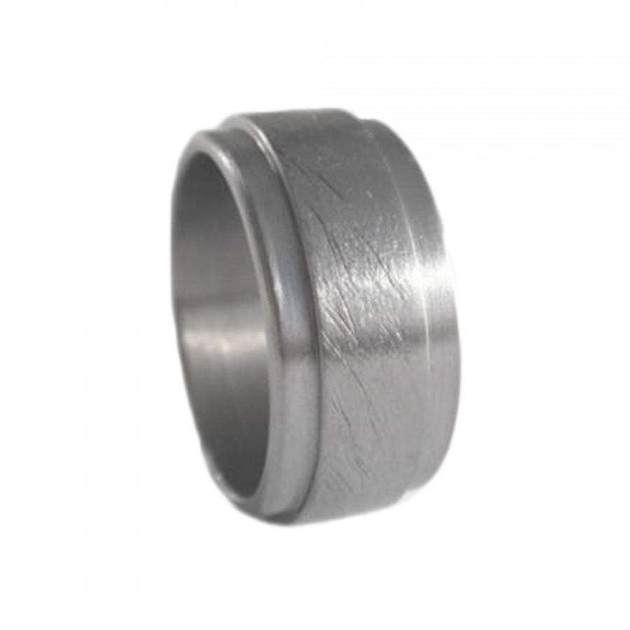Mariage - Mens Titanium Wedding Band With a Two Step Profile, Manly Titanium Ring