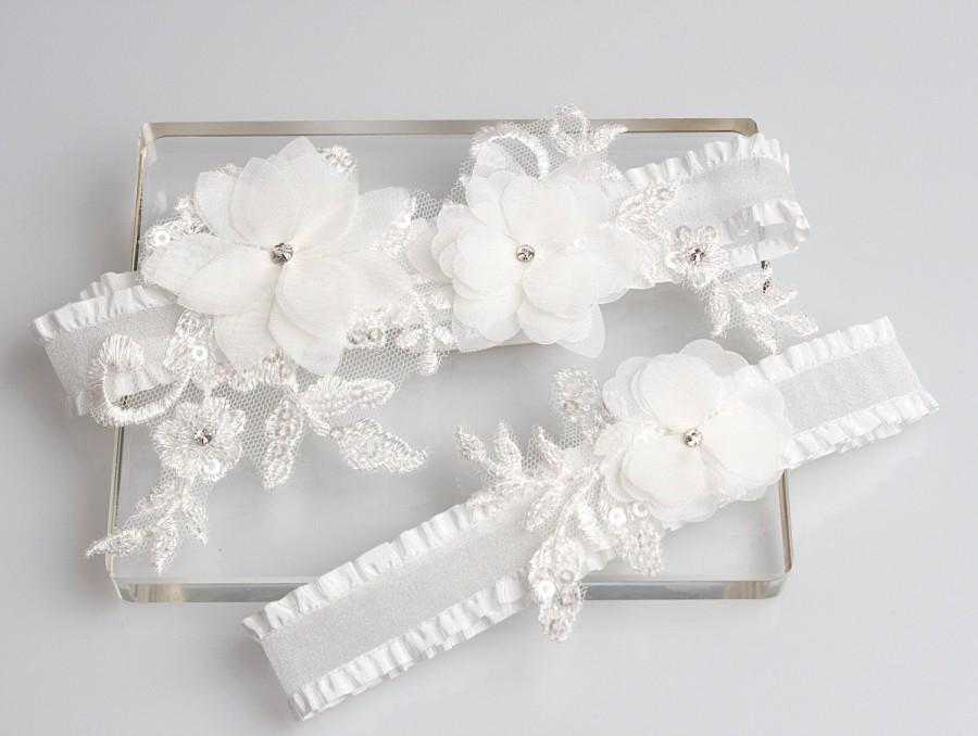 Mariage - Wedding Garter Set, white garter set, floral garter set, wedding bridal garter set, lace garters, garter set