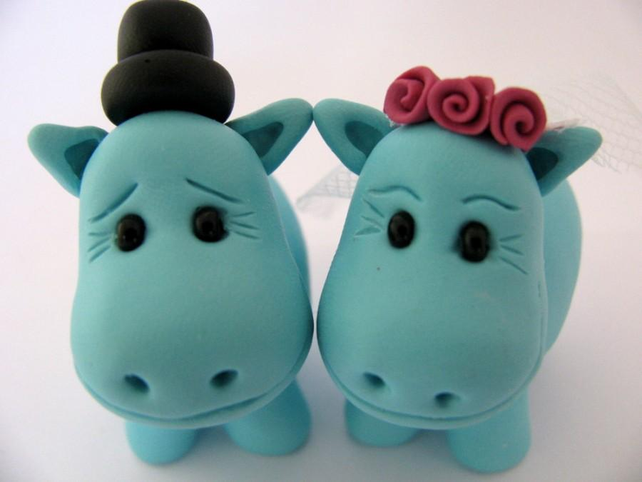 Mariage - hippo bride and groom cake topper, custom wedding cake topper, cute wedding cake toppers