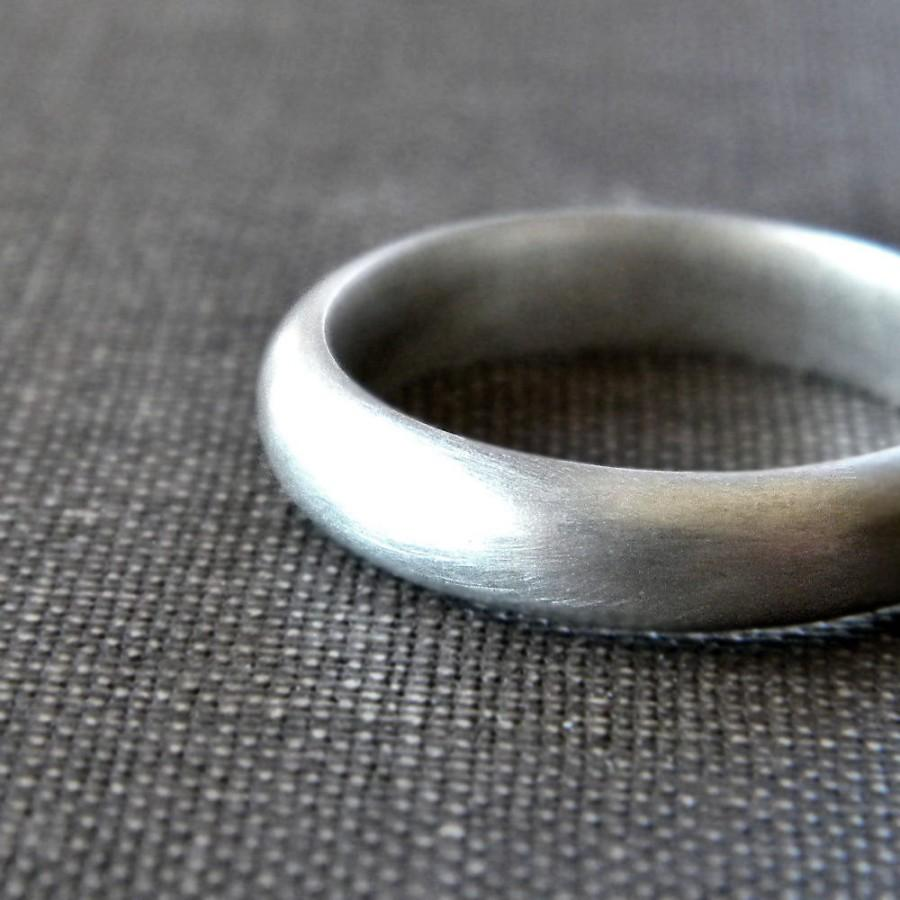 Mariage - Men's Wedding Band, Matte 4mm Half Round Unisex Recycled Argentium Sterling Silver Ring Men's Ring - Made in Your Size