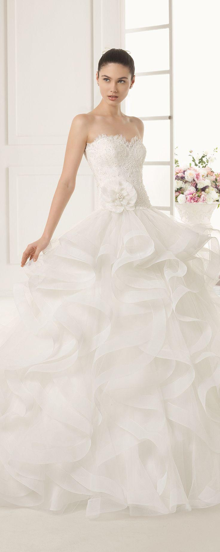 Wedding - Gorgeous Bridal Gown