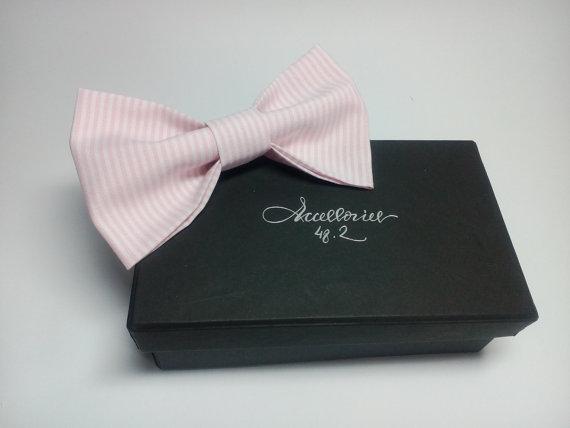 Wedding - Mens bow tie Blush Pink Striped Bowtie Wedding necktie Bowties for men Father Erröten rosa gestreifte Fliege Corbata de lazo rosado rayado