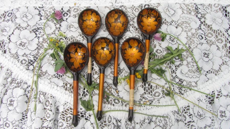 Mariage - Six Spoons Vintage Russina Khokhloma, Painted Wooden Six Spoons Set, Flowers Folk Art Home Decoration spoons set, Wooden home russian decor