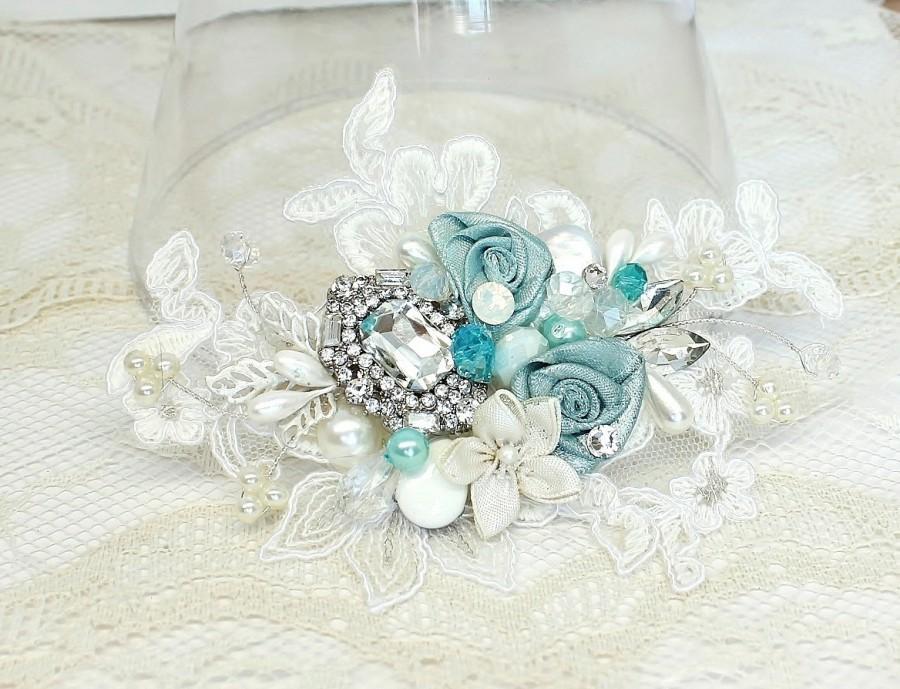Mariage - Aqua Hair Comb- Mint blue Bridal Clip- Sea Blue Wedding Hairpiece-Sea Glass Bridal Comb- Aqua Hair Accessories- Floral Hair Accessories
