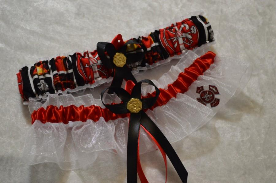 Свадьба - Handmade wedding garters keepsake and toss FIREMAN/FIREFIGHTER wedding garter set bridal garters