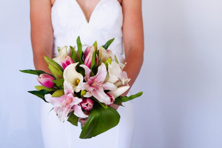 Mariage - Bridal Bouquet, Pink Lily, Wedding bouquet, Alternative bouquet, Real touch, Artificial flowers, High Quality bouquet , Calla Lily,