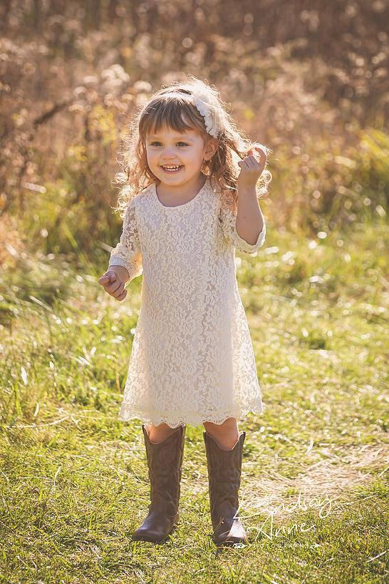 Boda - The Simply Ivory Lace Flower Girl Dress