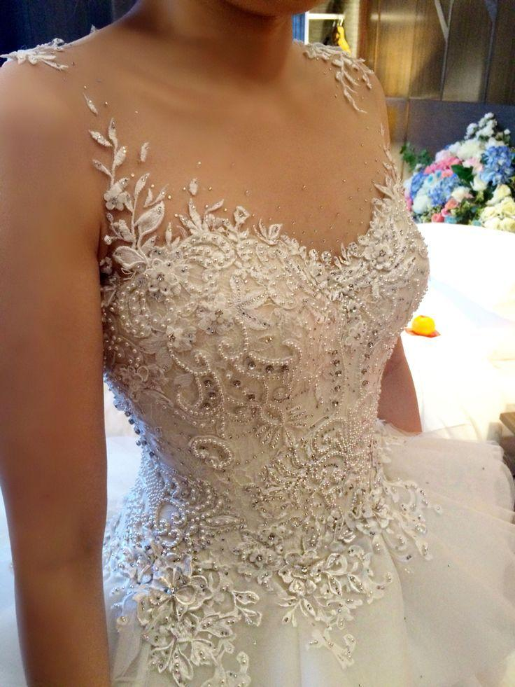 Wedding dresses in Paradise