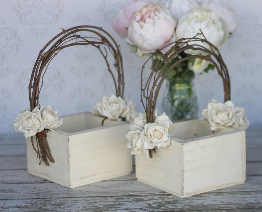 Flower girl basket shabby chic wedding decor set of 2 for Shabby chic wedding reception decorations