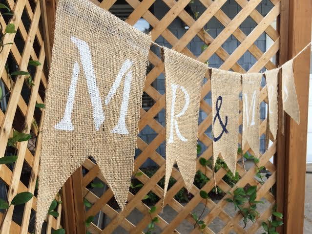 Свадьба - SALE! CUSTOM Burlap Banner - brown or grey burlap - personalize/design your own banner - rustic wedding/birthday/party banners - mr and mrs