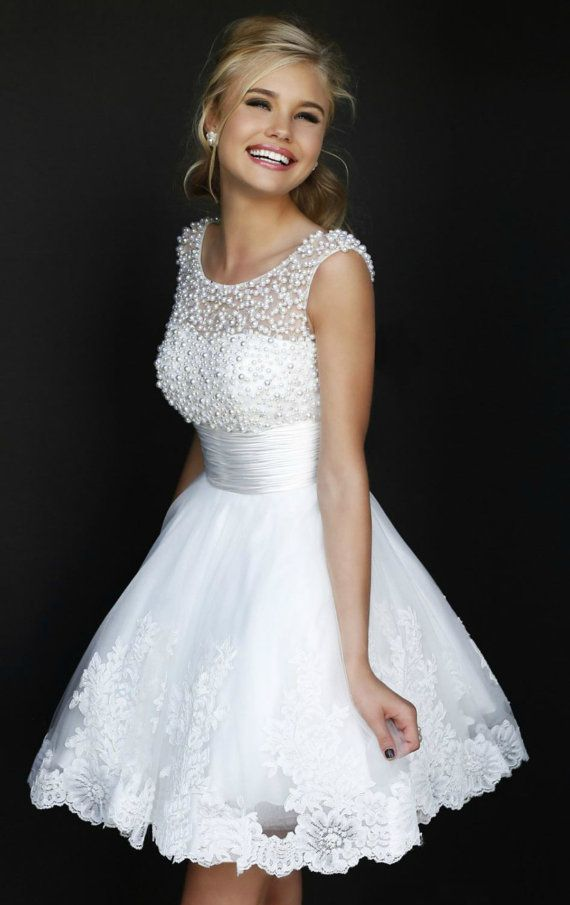 Hochzeit - Ava Lace Short Wedding Dress