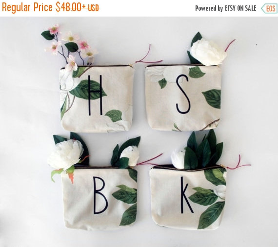 Mariage - SALE 25% OFF/ personalized BRIDESMAID gift bag set/ personalized letter makeup bag from floral roses print fabric pouch monogrammed wedding