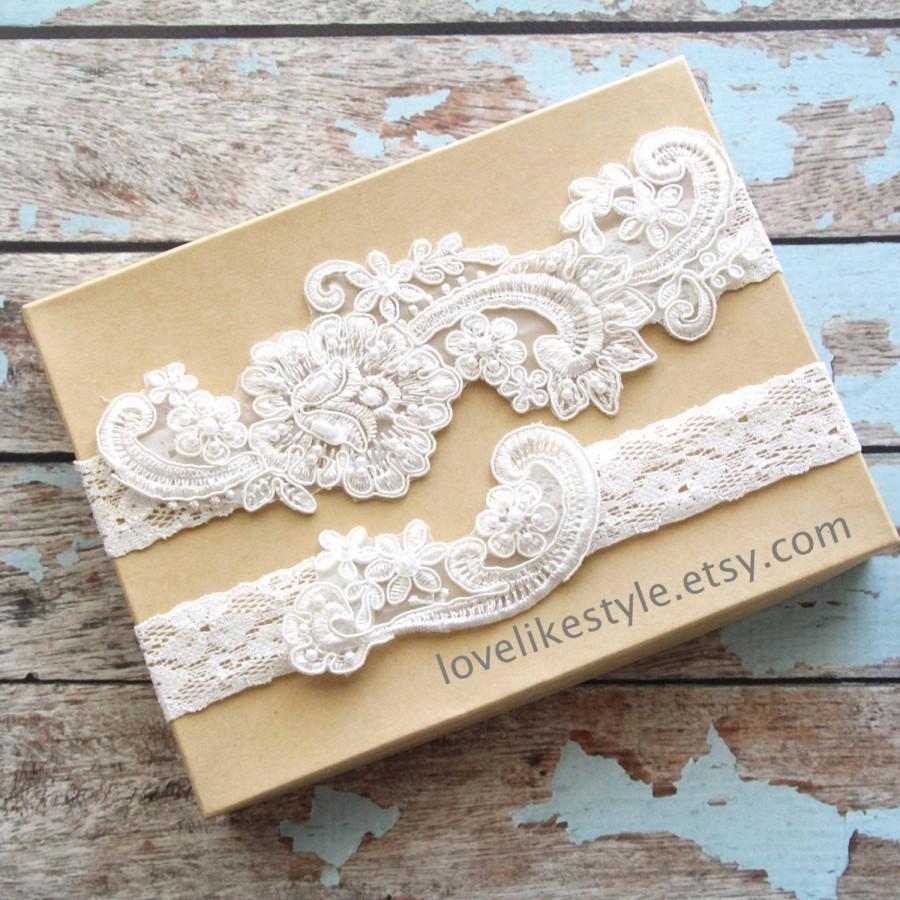 Свадьба - Wedding Garter Set,Light Ivory Pearl Beaded Lace Wedding Garter Set , Ivory Lace Garter Set, Toss Garter , Keepsake Garter  / GT-53IV