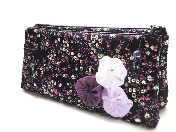 Mariage - Wedding Clutches Set of 4, Black / Purple Cluthes, Bridesmaids Gift Bags, Purple Floral Purses