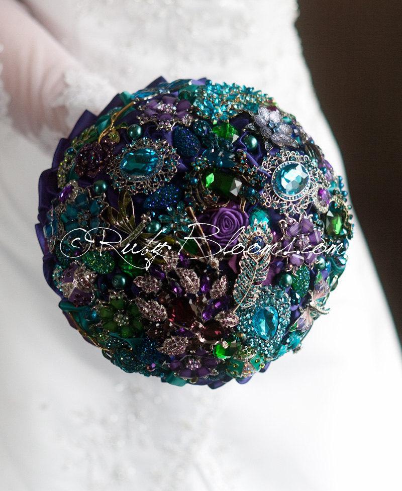 "Wedding - Purple Gold Peacock Wedding Brooch Bouquet. ""Purple Peacock Feather"" Gold Bouquet. Jade Sapphire, Purple Gold Peacock Wedding brooch bouquet"