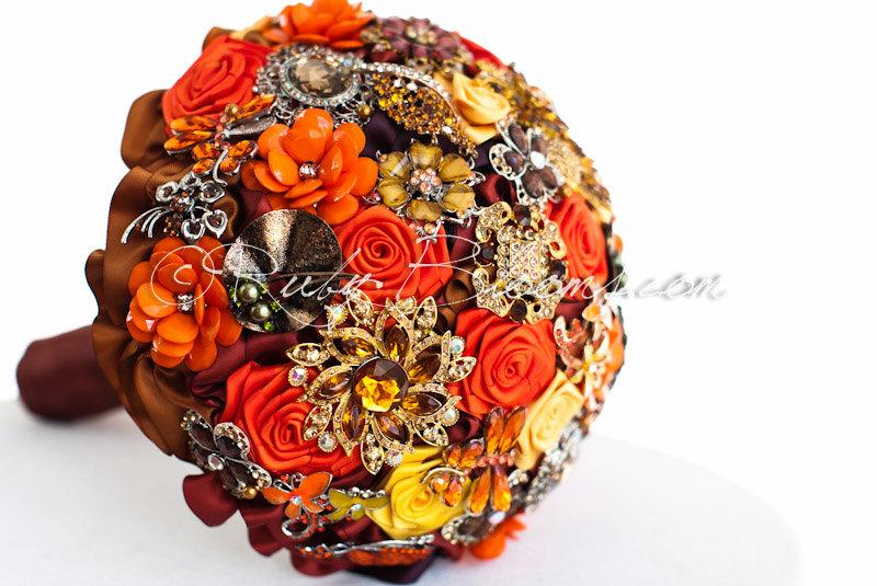 "Düğün - Autumn Burnt Orange Wedding Brooch Bouquet. ""Fire Autumn"" Crystal Fall Heirloom Jewelry Bridal Broach Bouquet, by Ruby Blooms Weddings"