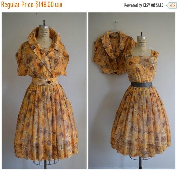 Hochzeit - Vintage 1950s Floral Print Dress // Jean Lang 50's Dress Set  // 1950's Gold Poppy Print Dress and Bolero // 50s Party Dress Sz Medium