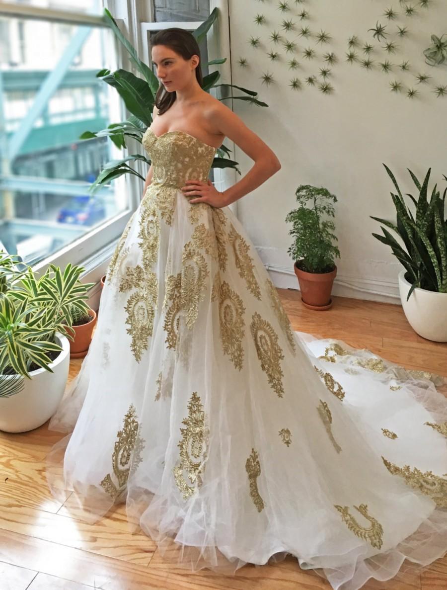 زفاف - Gold Lace Strapless Ballgown Wedding Dress