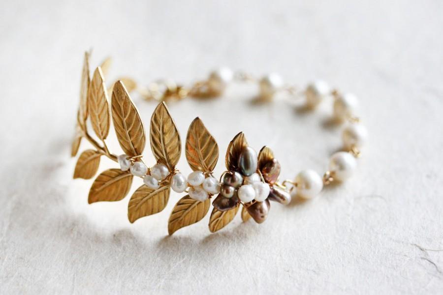 Mariage - Gold Leaf Bracelet With Pearls Leaf Wedding Bracelet Pearl Leaf Cuff bracelet Pearl Bracelet Leaf Cuff Bracelet