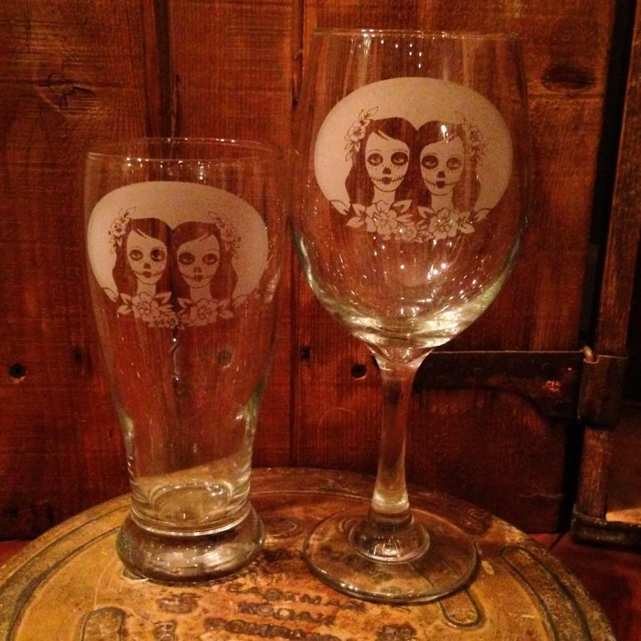 Mariage - Same Sex wedding, Mrs and Mrs, Sugar skull, lesbian wedding, off beat bride, Dia de los muertos, Skull wedding, New Mexico, Toasting glasses