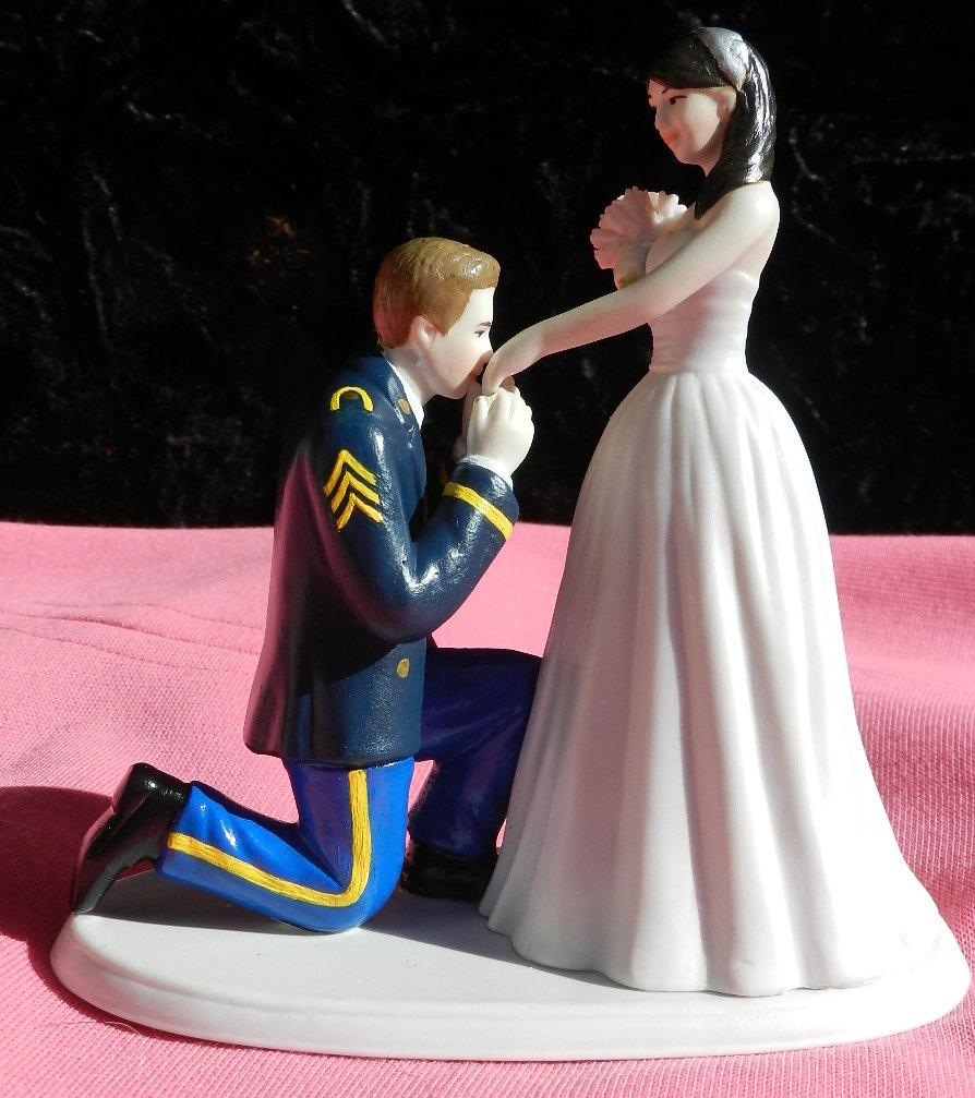 Air Force Wedding Ideas: US Army MILITARY Soldier Prince Wedding Cake Topper KNEEL