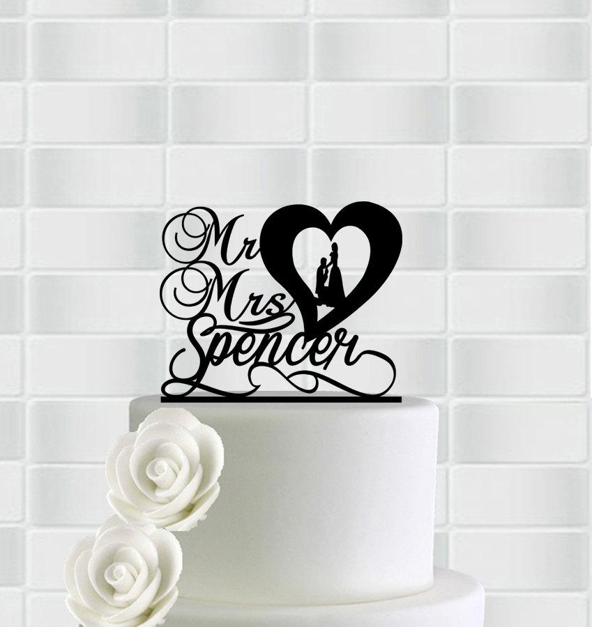 Mariage - Wedding Cake Topper,Mr And Mrs Cake Topper With Last Name,Monogram Heart Cake Topper,Wedding Party Decorations,Unique Wedding Cake Topper