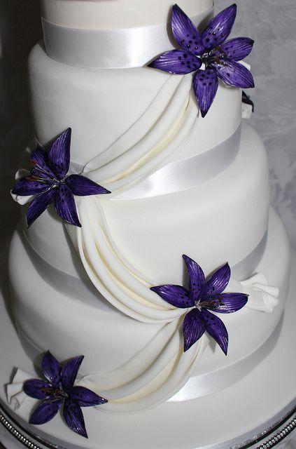 Cake Purple Lily Wedding Cake 2542655 Weddbook - Wedding Cake With Lilies