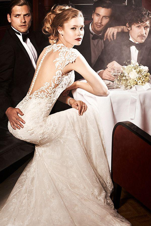 Hollywood Glamour Wedding Dress 16