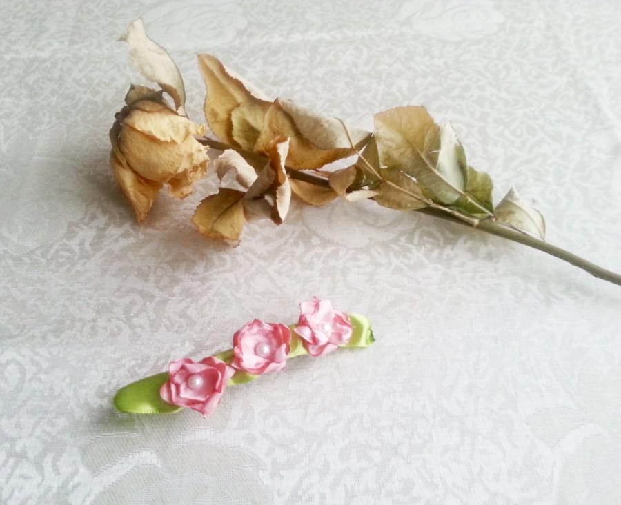 Mariage - Barrette wedding hair clip woodland wedding delicate pink hand made silk flower faux pearls